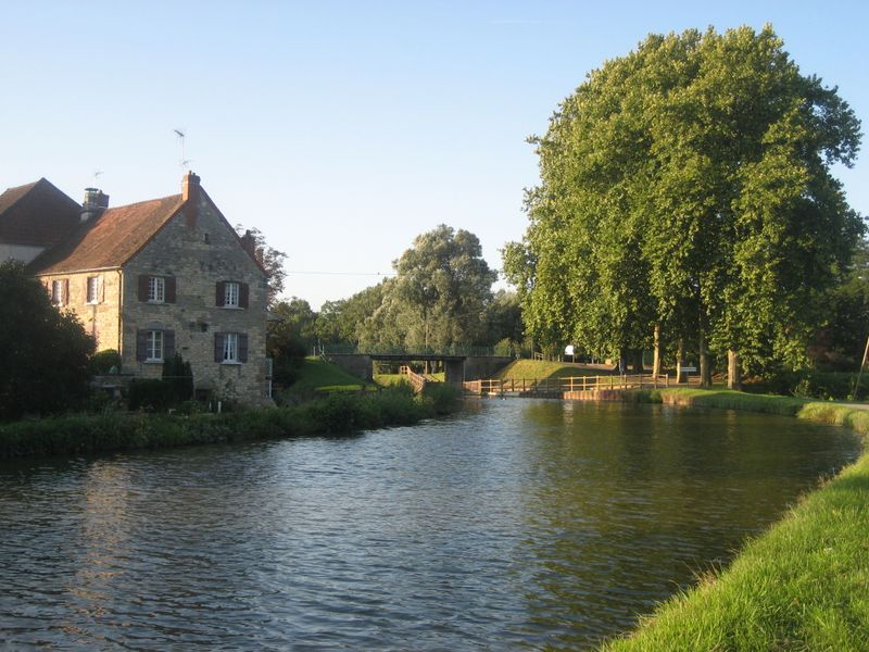 The Canal du Centre in Burgundy
