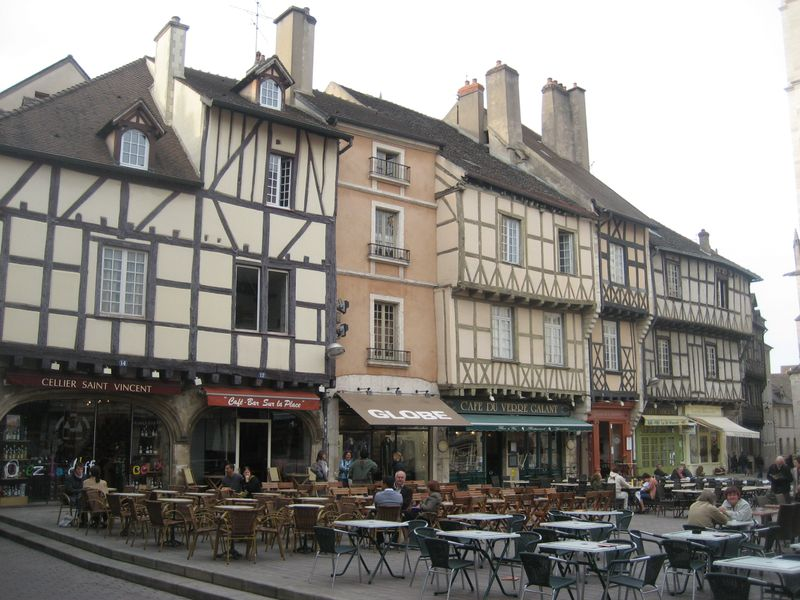 Another square with half-timbered buildings in Chalon sur Saône