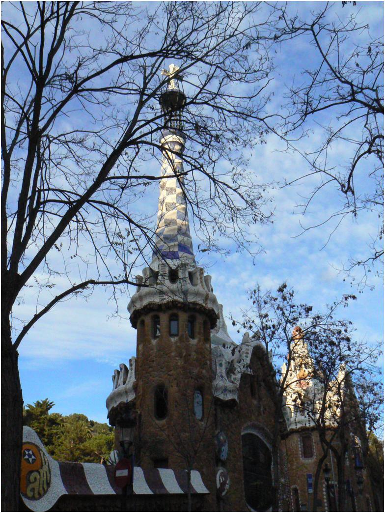 Parc Güell by Antoni Gaudí'