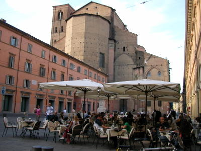 Piazza Galvani behind the Basilica di San Petronio