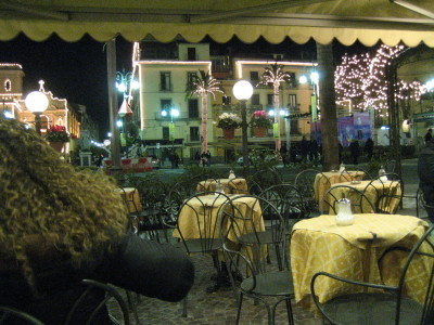 A Limoncello nightcap in Piazza Tasso in Sorrento