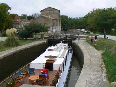 A Passenger Barge named Alouette going through the Locks