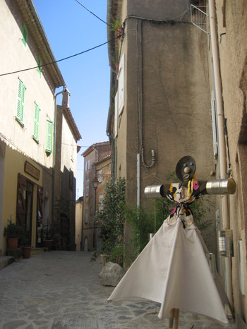 A Scarecrow in the streets of Ramatuelle