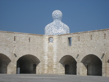 Jaume Plensa's Nomade installed at Bastion Saint-Jaume in Antibes - Summer 2007
