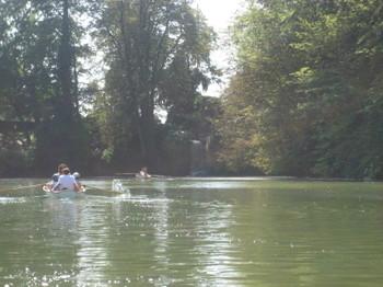Rowers in Bois de Boulogne in Paris