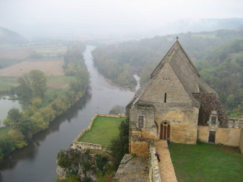 A view of the Dordogne Valley from Château de Beynac