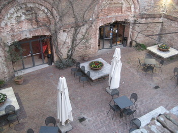 The Terrace of Enoteca Italiana