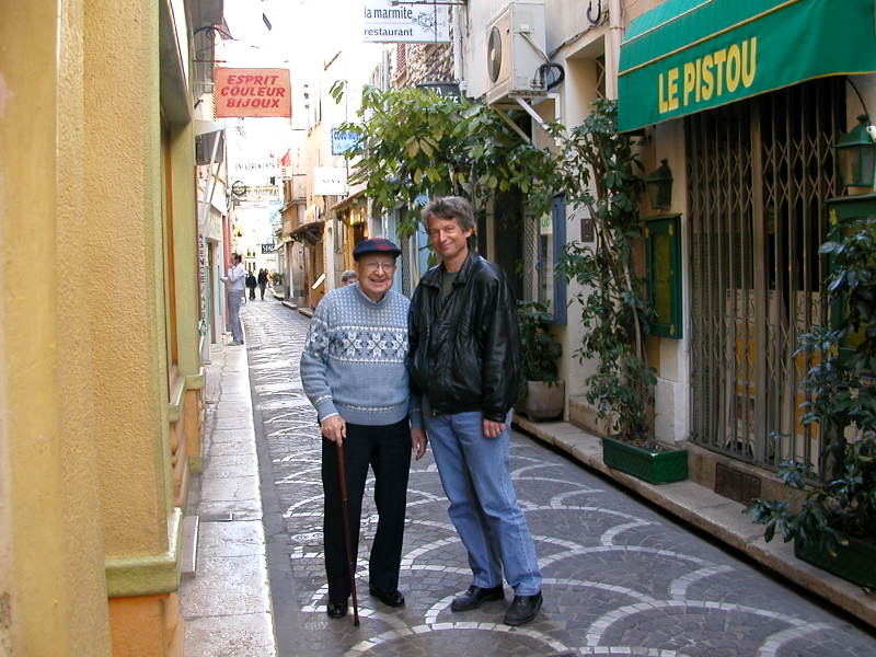 Bob and Dave DeMoney strolling around Old Town in Antibes