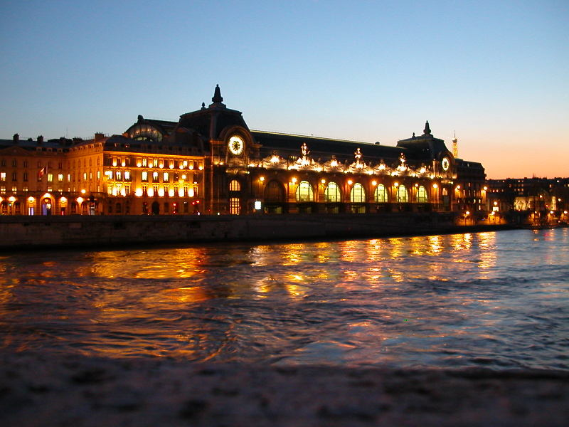 Musée D'Orsay at Sunset