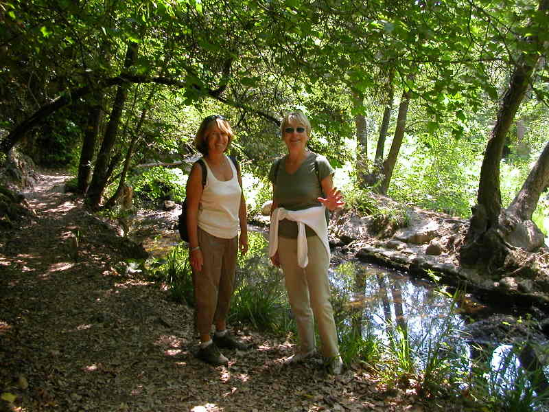 Dominique & Jutta hiking in the Vallée de la Brague